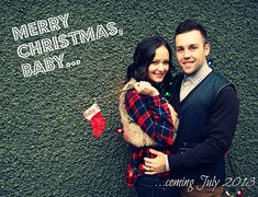 Whether You Just Found Out Youu0027re Expecting Or About To Pop, Here Are 19  Photos To Inspire A Festive Baby Announcement. Christmas ...