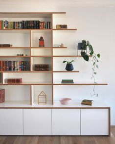 White formply working its charm in this custom built shelving and storage joinery. Living Room Storage, Kitchen Furniture Storage, Built In Shelves Living Room, Interior, Living Room Shelves, House Interior, Furniture Design, Living Room Decor Inspiration, Shelving