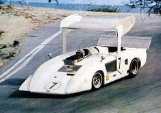 John Surtees - Chaparral 2H Chevrolet - Chaparral Cars Inc. - Monterey-Castrol GP Laguna Seca - 1969 Canadian-American Challenge Cup, round 9