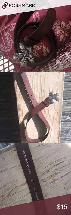 """Silpada Belt This Hippie cute belt is made of high end Italian Leather, by Silpada❗ It's 40"""" long from tip of flower petal buckle to belt end and the leather is 1 1/2"""" wide.  *In very good gently used condition!  *From a smoke free home Silpada Accessories Belts"""