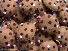 Cookie keychains by she.likes.cute, via Flickr