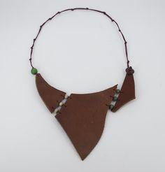 Leather Necklace, Necklaces, Bags, Fashion, Jewels, Leather Collar, Handbags, Moda, Fashion Styles