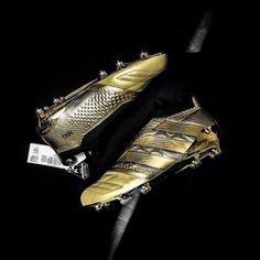 Golden Hour @adidasfootball Check out our UNBOXING! . . LINK IN BIO . . #footydotcom #fcfc #footy #footballboot #soccercleats #football #soccer #futbol #futbolsport #cleatstagram #totalsocceroffical #fussball #bestoffootball #rldesignz #footballboots #adidasfootball #adidassoccer #firstneverfollows #golden #limitededition #threestripes #goldplate #featuredfootwear #boxfresh #youtube #unboxing #subscribe
