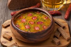 Soypa mpyras me kapnisto loykaniko Salsa, Mexican, Beef, Vegetables, Ethnic Recipes, Soups, Universe, Cold, Meat