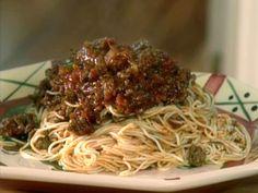 Alice Jo's Spaghetti Sauce recipe from Paula Deen via Food Network