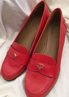 afe76cad36c1 Tory Burch Shoes Shayna Driving Loafers Authentic Red Lizard Print Flats 9 M   ToryBurch
