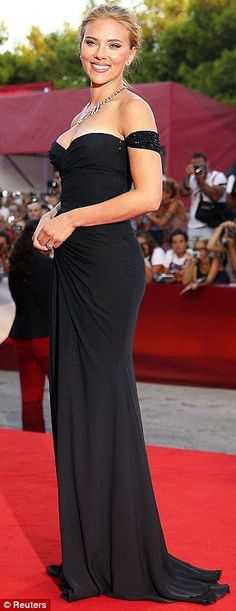 Scarlett Johansson in a black Versace gown and Bulgari jewelry @ 'Under The Skin' premiere