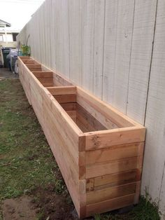 17 DIY garden fence ideas to get your plants # obtained fence . - - 17 DIY garden fence ideas to get your plants fence # ideas Diy Wooden Planters, Wooden Diy, Wooden Beds, Fence Planters, Raised Planter Boxes, Planter Ideas, Bamboo Planter, Wooden Garden Boxes, Wooden Planter Boxes Diy