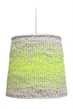 DIY Inspiration - knitted neon lamp several strands of yarn held together as one with the neon color substituted in place of the beige. Diy Tricot Crochet, Knitting Projects, Knitting Patterns, Diy Luminaire, Lampshades, Decoration, Weaving, Diy Crafts, Crafty