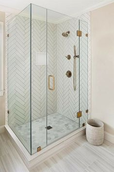 Types Of Glass Shower Doors For The Modern Homeowners [Bathroom Ideas, Bronze Fi. Punita Valambhia Interiors rydalchcandace small bathroom ideas remodel Types Of Glass Shower Doors For The Modern Homeowners [Bathroom Ideas, Bronze Fixtures, Framele Bathroom Floor Tiles, Tile Floor, Bathroom Gray, Tile For Small Bathroom, Condo Bathroom, Tub Tile, Bathroom Mirrors, Showers For Small Bathrooms, Grey Tile Shower