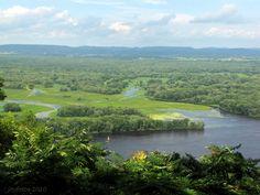 Great Mississippi River Road