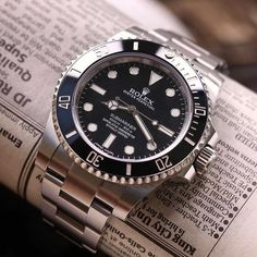 Cool Watches, Rolex Watches, Watches For Men, Rolex Submariner, Accessories, Clocks, Gentleman, Motorcycles, King