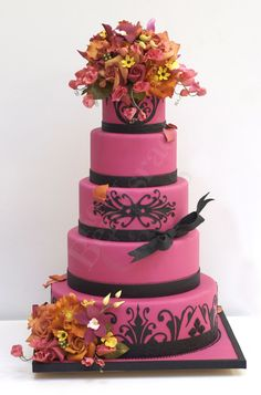 Add color to add drama. By Ron Ben-Israel Cakes.