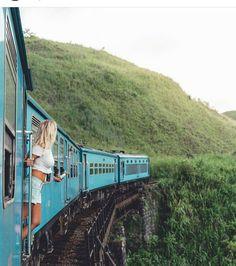 Fabulous train journey @ella - Sri Lanka.  Photo by @xkflyaway  #srilankatravelphotos #travelphoto #beautifulsrilanka #sigiriyafresco #ancinetart #tripsrilanka #beaches #womenart #visitsrilanka #rockfortress #tripsrilanka #photos #pics #instaimages #travelpics #traintours #travelphoto