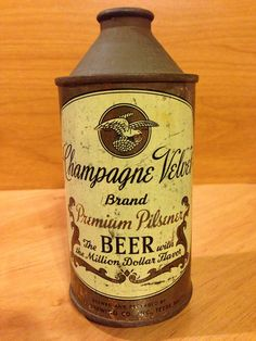 Champagne Velvet Premium Pilsener  Terre Haute Brewing Co.  Terre Haute, IN 157-8 (1954)