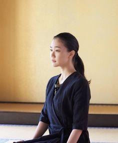 Japanese Girl, Bomber Jacket, Girls, Jackets, Fashion, Japan Girl, Down Jackets, Daughters, Fashion Styles