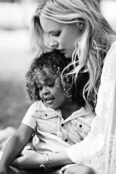 Shelby Keeton Poses with Her Son for Free People Mother's Day Shoot Mother Son Photography, Children Photography, Beautiful Children, Beautiful People, Mother's Day Photos, Free People Blog, Mom Son, Child Models, Mother And Child