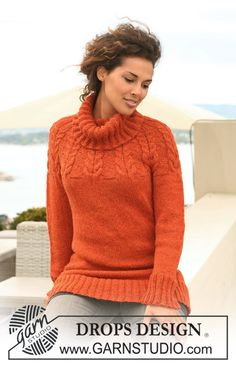 """Knitted DROPS jumper with raglan and cables in """"Nepal"""". Size S - XXXL. ~ DROPS Design"""