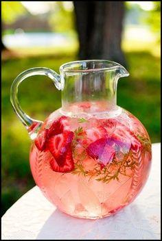 ıce-tea-meyveli-çay-yazlık-içecekler-yazın-yapılan-çaylar-el-yapımı-çaylar-el-yapımı-içecekler-ev-yapımı-çay-meyveli-çay-soğuk-bitki-çayları-soğuk-içecek-yapımı-summer-drink.jpg 508×758 pixels