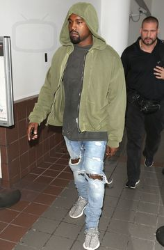 Kanye West Arriving at LAX Airport