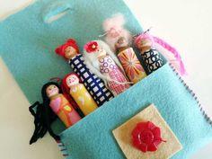 Felt Pocket Garland idea with Clothespin Dolls