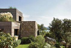 Una casa al mare nel paesaggio della Corsica