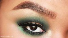 ! NaturallyErratic Makeup Blog: Hello October: Green Smokey Eye with a Pop of Orange