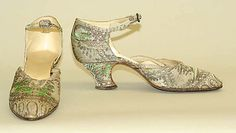 Evening shoes, French, Pietro Yantorny. Made of silk, metallic thread, and leather; ca. 1920-25