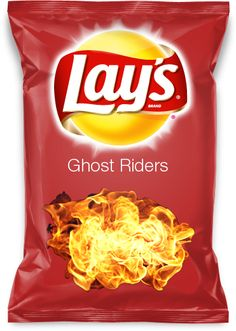 Spicy chili, cheese and sour cream flavoured chips. If you like the idea share and vote for my flavour! Hormel Chili Cheese Dip, Chilli Cheese Fries, Cheese Chips, Cheese Dog, Cheese Sauce, Lays Potato Chip Flavors, Lays Chips Flavors, Lays Potato Chips, Corn Chips