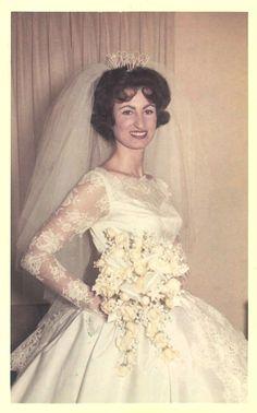 Wedding gowns s vintage 1950