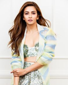 Kriti Kharbanda Stills From Promotions - LinksInd Indian Bollywood Actress, Bollywood Girls, Bollywood Celebrities, Most Beautiful Models, Most Beautiful Indian Actress, Hot Actresses, Indian Actresses, Kirti Kharbanda, Sequin Outfit