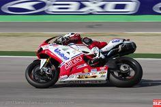 7 - Carlos Checa - Ducati 1098R - Althea Racing - Imola 2011 - @ 2011 Sandro Zornio - More pictures and high resolution photos at http://www.sandrozornio.com