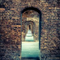 arches in millwall park Instagram Site, Millwall, Isle Of Dogs, Old London, Beautiful Textures, Light Painting, Brooklyn Bridge, London England, City Photo