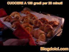 Brioches - la video ricetta (croissant) #brioches #croissance #video #ricetta #blogdolci #expasticcere #ex pasticcere