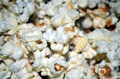 Herbalife Nutrition Tip: Mist air-popped popcorn lightly with olive oil pan spray, then shower with garlic powder for a lower fat snack. Herbalife Nutrition, Nutrition Tips, Alaska, Low Fat Snacks, Air Popped Popcorn, Just Cooking, Healthy Living, Fun Live, Garlic Powder