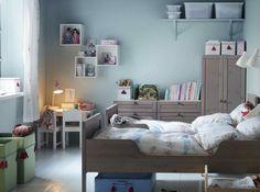 Murs pastel bleu chambre ikea