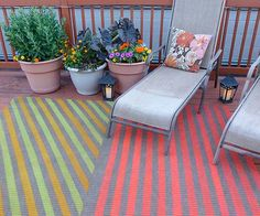 Spray paint rug for outdoors!