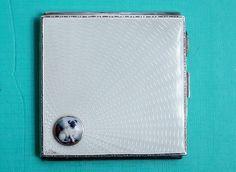England  Zigarettenetui Silber Emaille  MOPS  enamel cigarette case MOPS