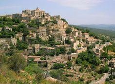 #Gordes : een bijzonder dorp in de #Provence ! Kijk voor meer informatie over deze, en andere steden en dorpen in Zuid-Frankrijk op www.zonnigzuidfrankrijk.nl !