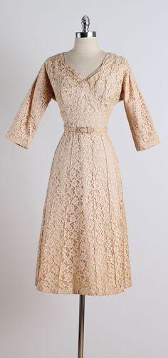 Tea Garden . vintage 1950s dress . vintage by millstreetvintage