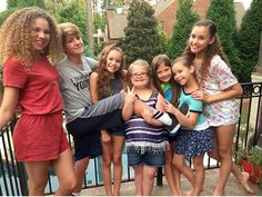 Look at mattyb and Sierra Best Sister Ever, Sister Love, Hashtag Sisters, Sister Songs, Star Clothing, Dream Friends, Youtubers, Hair Beauty, Celebrities