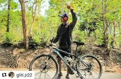 #Repost @gliti.jr22  one of my hobby mountain bikey eah!! #bikeindonesia #pacificbike #pacificbikes #pacificbikerider #sepeda #sepedagunung #bersepeda #gowes #hardtail #mountainbike #mtbindonesia #crosscountry