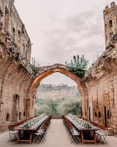 """10 stunning wedding venues in Italy we're dying to visit - Bridal Musings Humbly referred to as """"an island of stone in a sea of green,"""" the La Badia di Orvieto is what Italian dreams are made of. Wedding Goals, Wedding Planning, Dream Wedding, Wedding Castle, Beautiful Wedding Venues, Romantic Weddings, Cake Wedding, Magical Wedding, Rustic Italian Wedding"""