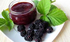 Aprende a preparar mermelada casera de moras con esta sencilla receta. ¡Aprovecha las propeidades de esta fruta de otoño!