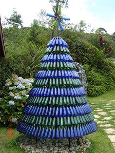 Aprenda como montar uma árvore de natal ecológica!