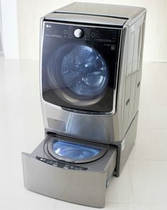LG TWIN Wash System, which enables two separate loads of laundry to run simultaneously. I do believe this will be my next washing machine! Compact Washing Machine, Washing Machines, Front Load Washer, Smart Home Technology, Up House, Household Chores, Cool Inventions, Home Repair, Bathroom Furniture