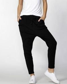 BETTY BASICS JADE PANT BLACK Get ready for comfort and STYLE with a capital S in these lounge pants from our favourite Betty Basics. These are a plain solid black. Plain Black, Black White Stripes, Black Jumpsuit, Black Pants, Fashion Pants, Fashion Outfits, Army Print, Drop Crotch Pants, Clothing Size Chart