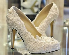 Luxury Heel White / Red Lace with Pearls Luxury Pumps Bridal Heels Shoes Lace Shoes Closed Toes Bridal Heels Wedding Shoes Bridal shoes