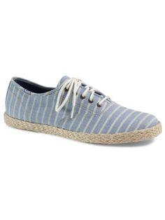 Wir sind Fans von Keds und dieses Modell sollte in eurem Schuhschrank nicht fehlen!