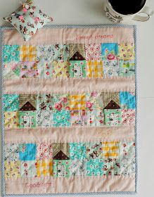 Molly Flanders: Time for Some Hand Stitching....